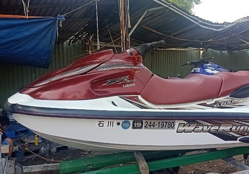 YAMAHA 700 RED